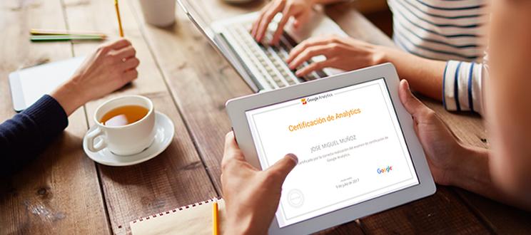 ¿Estás pensando en obtener la certificación de Google Analytics?